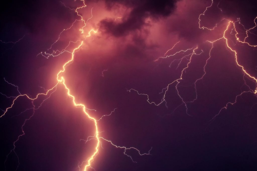 Red Lightning Facts And Truths Weather Geeks